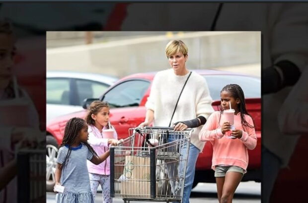 Charlize Theron und andere mutige Mütter. Quelle: Screenshot YouTube