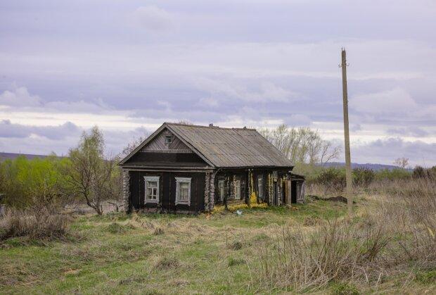 Die Geschichte eines verlassenen Dorfes, in dem die einzigen Bewohner zwei Frauen waren