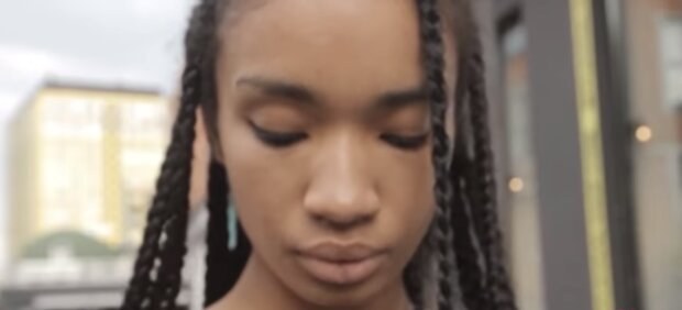 Obdachlose Frau wurde Schöne. Quelle:Screenshot YouTube