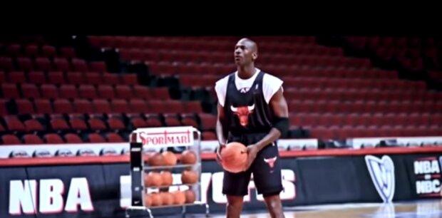 Der berühmte Basketballspieler Michael B. Jordan zeigte seine Freundin zum ersten Mal: Details