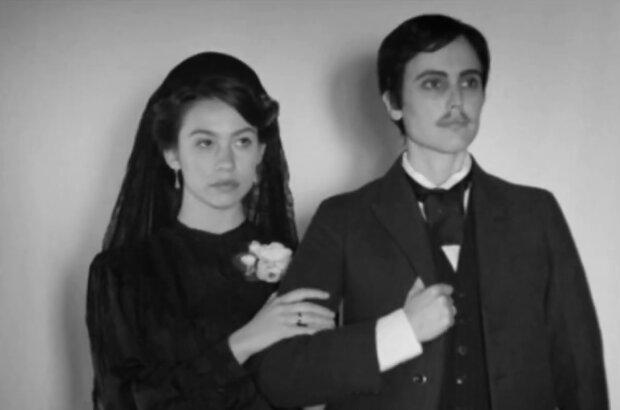 "Standphoto aus dem Film ""Elisa y Marcela"". Quelle: Screenshot Youtube"