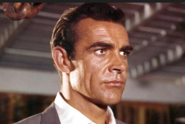 Erfolgreicher und unwiderstehlicher James Bond. Quelle: Screenshot YouTube