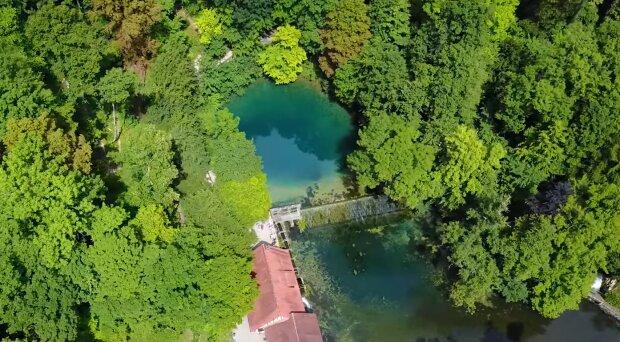 Blautopf in Baden-Württemberg. Quelle: YouTube Screenshot
