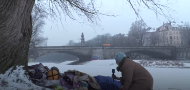 Freundliche Tat: Das Paar bezahlte 45 Zimmer für Obdachlose, die im Schnee schliefen