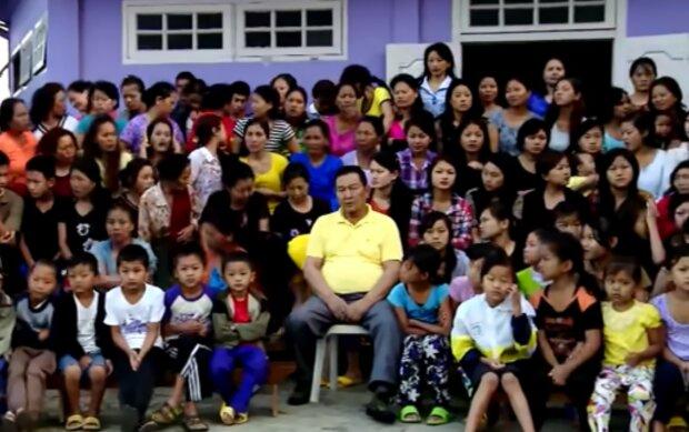 Rekordhalter bei der Zahl der Verwandten. Quelle: Screenshot YouTube