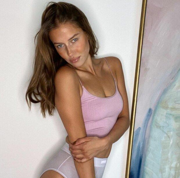 Verzaubert Und Verliebt Details Zum Roman Von Brad Pitt Mit Nicole Poturalski Uberalles