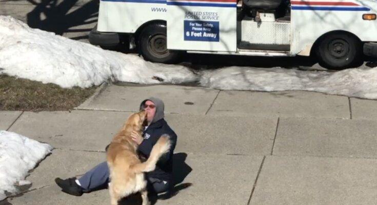 Hund und Briefträger. Quelle: Instagram.com