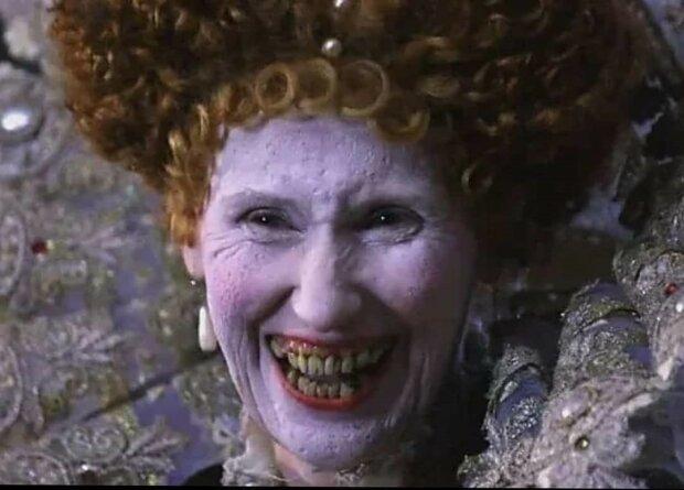 Sie lächelte nie oder warum Elizabeth I schwarze Zähne hatte
