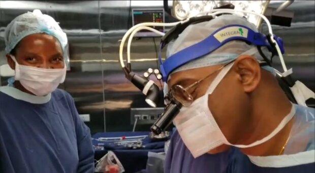 Operation. Quelle: Screenshot Youtube