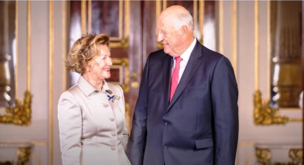 King Harald and Queen Sonja. Quelle: Screenshot Youtube