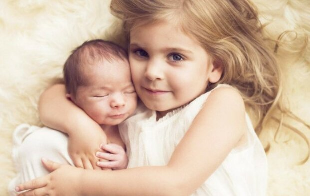 Wie hat ein kleines Mädchen ihren Bruder gerettet