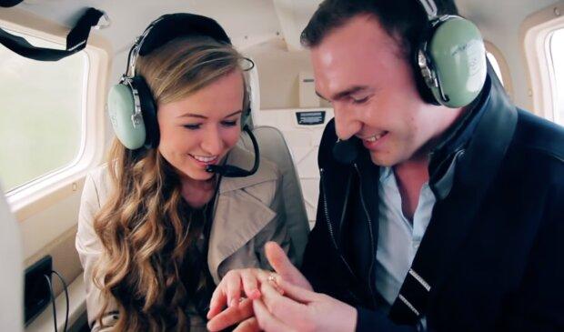 Ungewöhnlicher Heiratsantrag. Quelle:Screenshot YouTube