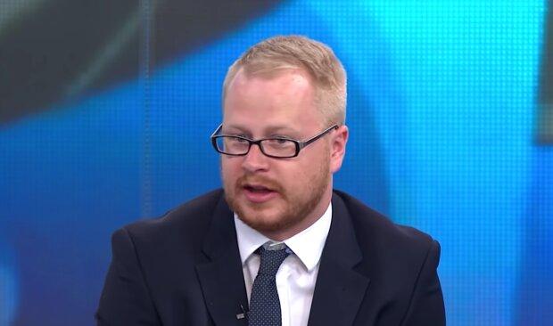 Ein Journalist, der zum Volontär wurde. Quelle: Screenshot Youtube