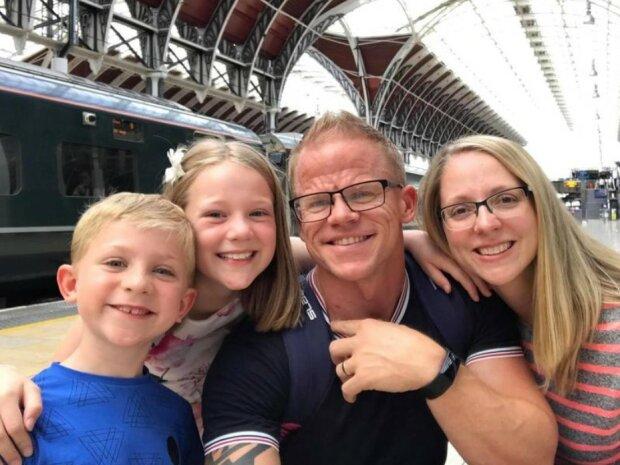 Erstaunliche Verwandlung: Für seine Frau und seine Kinder verlor ein Mann 50 kg und gewann bei Bodybuilding-Wettbewerben