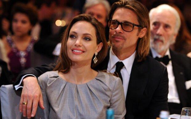 Es ist bekannt geworden, dass Brad Pitt nach der Scheidung Angelina Jolie verklagen will. Der Prozess ist schon begonnen