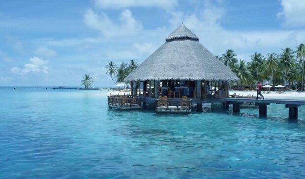 Restaurant unter dem Wasser. Quelle: YouTube Screenshot
