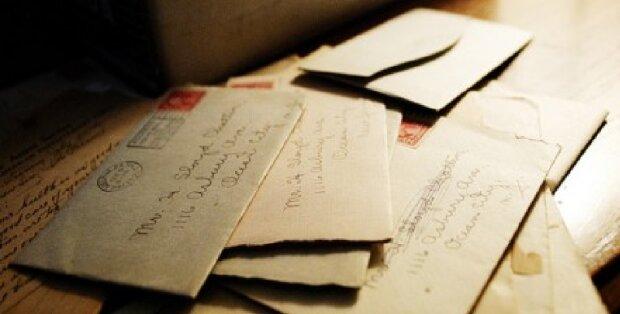 Uwe glaubte, seine Mutter sei die beste der Welt, bis er einen alten Brief in ihrer Kommodenschublade fand