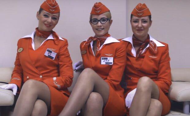 Flugbegleiterinnen. Quelle: Screenshot YouTube