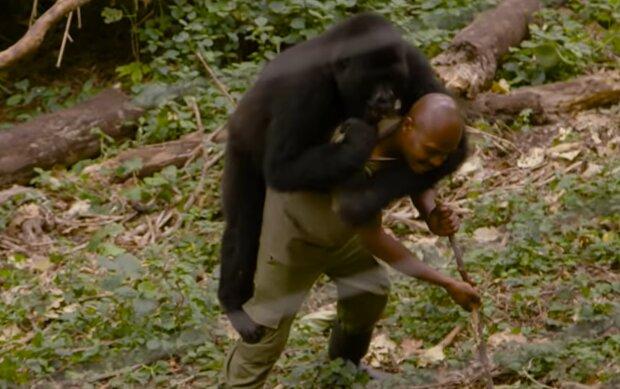 Andre und Ndakashi. Quelle: YouTube Screenshot