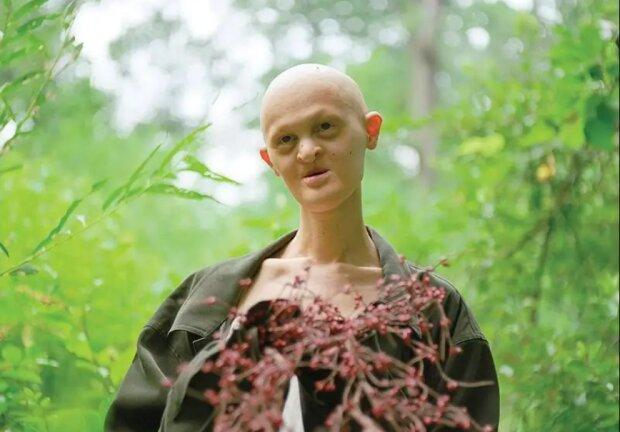 Wie eines der provokativsten Modelle der Welt, Melanie Haydos, aussieht