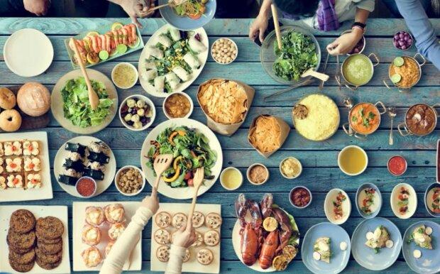 Beeindruckender Lebensmittelumsatz in Hotels. Quelle: Screenshot YouTube