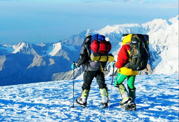 Zwei Bergsteiger haben bei der Besteigung des Everest gelogen. Jetzt droht ihnen ein Besteigungsverbot in Nepal