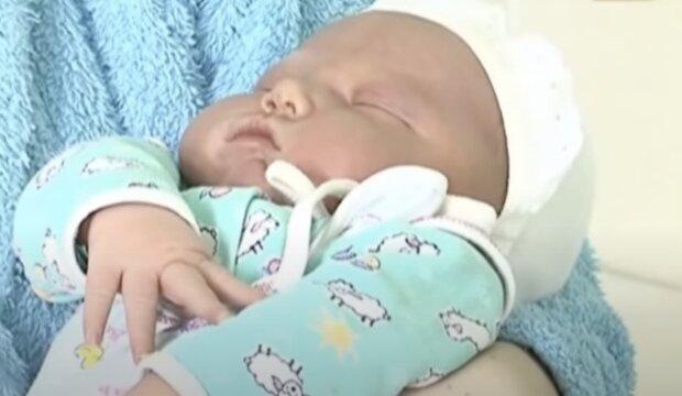 Das Baby. Quelle: Screenshot YouTube