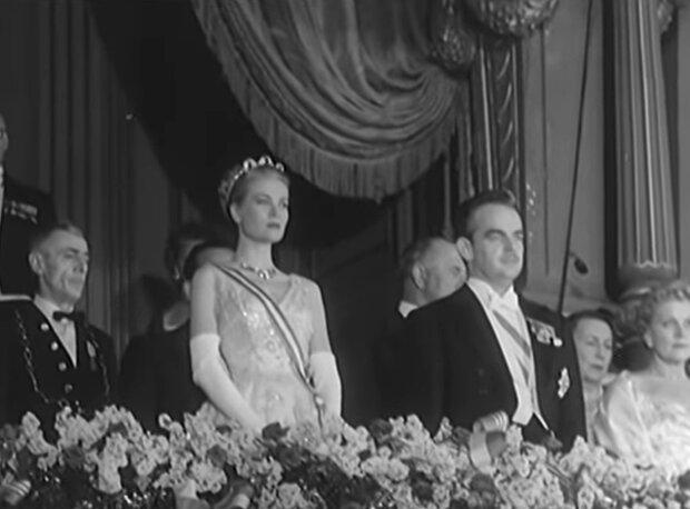 Rainier III. und Grace Kelly an ihrem Hochzeitstag. Quelle: Screenshot Youtube
