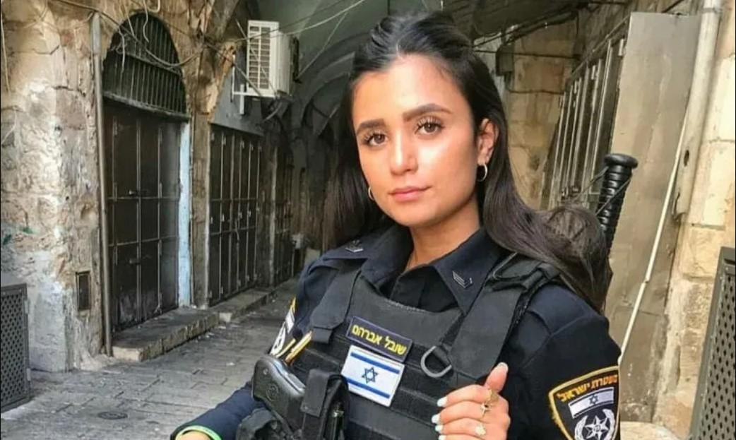 Intensives Ficken Für Die Heißeste Polizistin